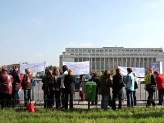 Sondaj Ziare.com: De ce nu ies romanii la protestele de strada ?