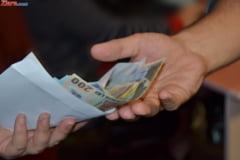 Spaga la Bac: Profesori arestati in Tulcea, pentru mita de sute de euro