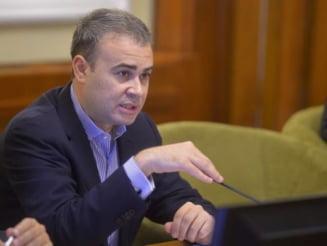 Stenograme in dosarul Valcov: Sume halucinante invartite de sofer si asigurari ca se va lasa cel mult cu amenzi