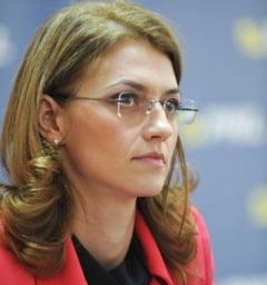 Traseismul, legalizat Alina Gorghiu: Niciun ministru nu poate aviza asa ceva