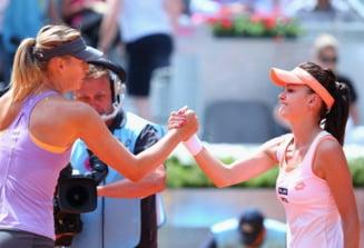 Turneul Campioanelor: Sharapova, eliminata rusinos. Wozniacki merge in semifinale