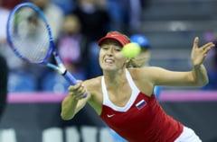 Turneul Campioanelor: Sharapova o invinge pe Flavia Pennetta si se califica in semifinale