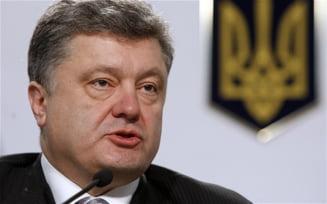 """Ucraina, in prag de razboi: Porosenko da un ultimatum si anunta """"actiuni decisive"""""""