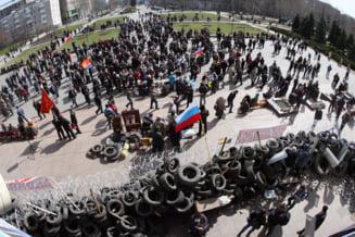 """Ucraina fierbe iar: NATO cere retragerea trupelor ruse, altfel vor fi """"consecinte grave"""""""
