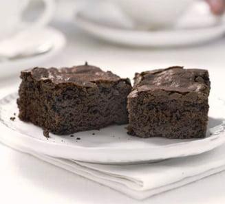 Un dulce de weekend: Super negrese cu ciocolata si maioneza