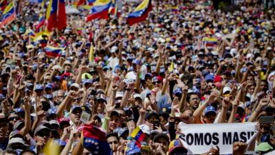 Venezuela fierbe: Statele se pozitioneaza rand pe rand in tabara SUA sau a Rusiei. De ce tace Romania?