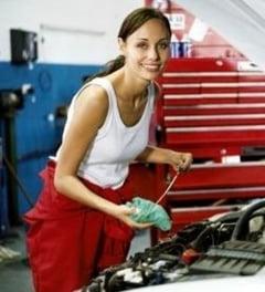 Verdictul expertului Ce sa alegi: Dacia sau masina straina?