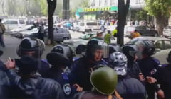 Violente in Ucraina: Tot mai multi oficiali sustin ca e razboi