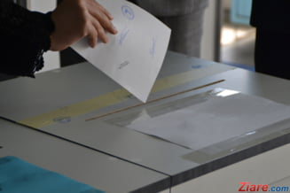 Votul prin corespondenta: De la punerea votului in plic pana la introducerea lui in urna