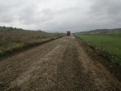 ANALIZA Cat de saraca este cu adevarat Moldova dupa 30 de ani de abandon din partea Bucurestiului. In 2020, regiunea are 1.392 de kilometri de drum de pamant