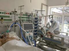 Coronavirus Romania. Doar 53 de cazuri noi si doua decese raportate in ultimele 24 de ore. Mai putin de 1.000 de pacienti COVID internati in spitalele din tara
