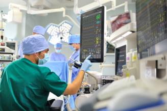 Coronavirus in Romania: Peste 1.000 de persoane la ATI si aproape 3.300 de cazuri noi de infectie cu virusul SARS-CoV-2