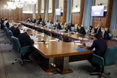 DOCUMENT Ministerul Finantelor a publicat proiectul de OUG care prevede taierea voucherelor de vacanta, prorogarea majorarii pensiilor si limitarea calatoriilor studentilor
