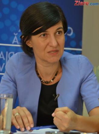 [P] Violeta Alexandru, PNL: Ne putem lua România înapoi, o ...   Violeta Alexandru