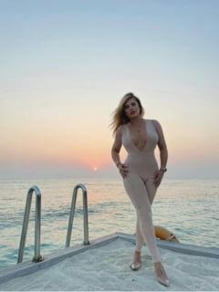 FOTO La 50 de ani, Loredana Groza isi innebuneste fanii. Poza sexy a cantaretei care a rupt internetul