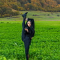 FOTO Ziare.com i-a schimbat viata campioanei mondiale la gimnastica, ajunsa manichiurista
