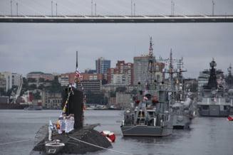 GALERIE FOTO: Vladimir Putin isi afiseaza puterea navala in mai multe parade militare impresionante