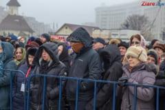 Reportaj Ziare.com Cum s-au mantuit neamurile prezente la sfintirea Catedralei
