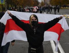 UPDATE Noi manifestatii in Minsk: 300 de persoane arestate. Printre ei se numara jurnalisti, sportivi si Miss Belarus 2008. Lidera opozitiei spera sa primeasca sprijinul lui Biden
