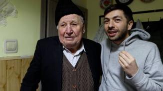 VIDEO A murit Nea Sandu, sotul celebrei bunicute din filmuletele amuzante ale lui Mircea Bravo