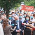 """VIDEO Basescu: """"Si Firea si Nicusor Dan sunt niste lasi, insala bucurestenii prin refuzul de a participa la dezbateri"""". Ce spune despre posibila retragere din cursa electorala"""