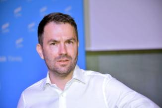 """VIDEO Catalin Drula, ministrul Transporturilor, la """"Dialogurile Ziare.com"""": Companiile de stat cu bani multi sunt ca niste borcane cu miere"""