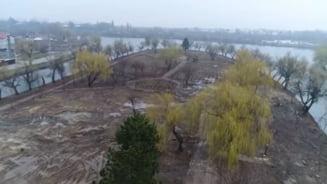 VIDEO Imagini spectaculoase cu insula Plumbuita din Bucuresti, dupa ce peste o mie de tone de gunoi au fost stranse de aici