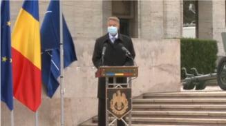 """VIDEO Iohannis, de Ziua Armatei Romane: """"Ii comemoram pe cei care au luptat pentru apararea natiunii"""""""