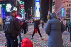 VIDEO New York, ca niciodata de Revelion: Piata Times Square, aproape pustie la miezul noptii