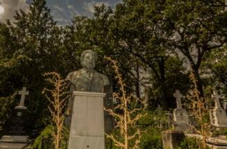 VIDEO Primul cimitir din Romania prin care poti sa te plimbi virtual. Poti sa vezi, din cateva click-uri, cum arata mormantul lui Ion Creanga