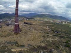 VIDEO Protest nemaivazut in Romania. Un suporter s-a urcat pe un turn de 300 metri pentru a-i cere demisia antrenorului echipei favorite