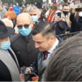 VIDEO UPDATE Incidente la Iasi, de Ziua Principatelor: Primarul Mihai Chirica, stropit cu iaurt la protestul din Piata Unirii. Reactia edilului