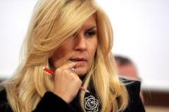 """""""telectualii"""" din PDL, prizonierii Elenei Udrea (Opinii)"""
