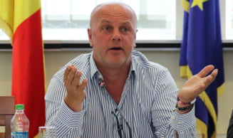 1.000 de tone de fier vechi, transportate zilnic prin Resita! Primarul Ioan Popa vrea sa scape orasul de traficul greu