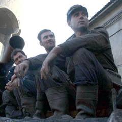 10.000 de salariati din industria miniera si energetica ar putea intra luni in greva (Video)