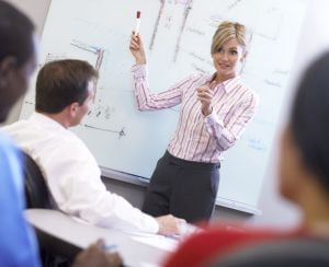 10 aptitudini de care ai nevoie la orice job