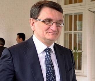 11 ONG-uri ii cer lui Ciorbea sa reclame la CCR ordonanta privind alegerea presedintelui