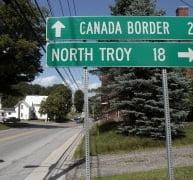 11 romani, arestati in Canada in timp ce incercau sa treaca ilegal granita in SUA