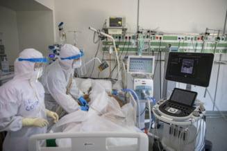 13 bolnavi de coronavirus, internati la spitalul de campanie din Otopeni. Sase dintre ei sunt intubati. Printre pacientii in stare grava se afla si un arestat preventiv care a violat o minora
