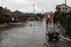 13 gospodarii au fost inundate in perioada de Cod galben de precipitatii