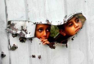 15 copii din Tandarei, descoperiti de politia britanica intr-o casa din Manchester