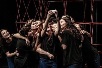 153 DE SECUNDE - Teatru contemporan inspirat de povestea uneia dintre supravietuitoarele dramei de la Colectiv