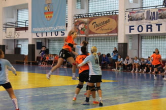19 goluri, diferenta dintre handbalistele de la CSM Slatina si CS Timisoara
