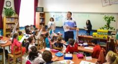 """2.500 de elevi participa la """"Ora de Educatie Rutiera"""""""