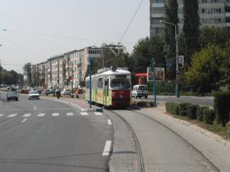 22 de statii de tramvai vor avea adaposturi noi