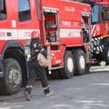25 de persoane evacuate și 4 intoxicate cu fum, în urma unui incendiu puternic într-un bloc din Balș