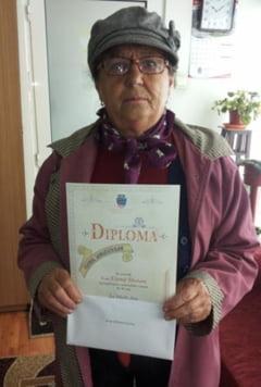 25 de varstnici care au trecut de 90 ani au fost premiati Primaria Ramnicu Valcea