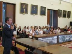 250 de unionisti basarabeni au invadat Palatul Roznovanu
