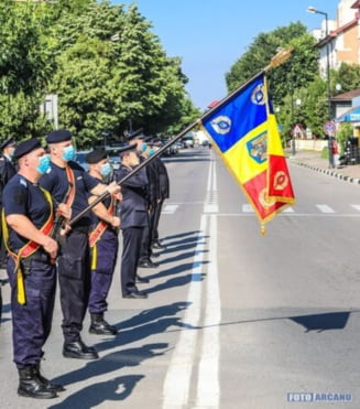 26 iunie, astazi a fost sarbatorita Ziua Drapelului National (FOTO)