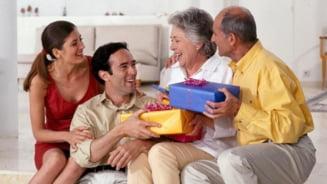 3 cadouri surpriza pentru aniversarea parintilor tai